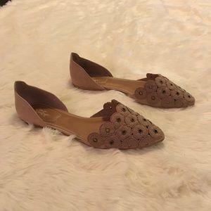 Crown Vintage Kourtnee Flats